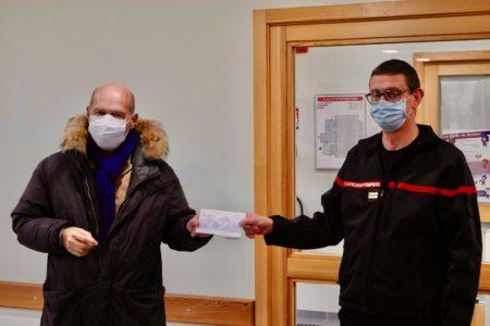 L'Amicale des Sapeurs-Pompiers de Marmoutier fait un magnifique don à l'ARAME
